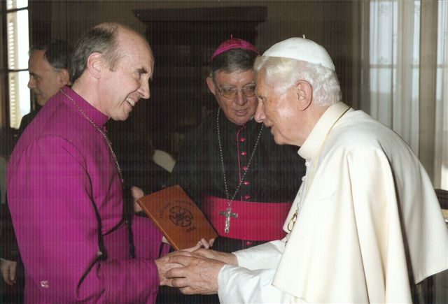 Giving the PNG Anglican prayer book to the Pope